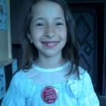 """Габриела Маринова, 2в клас,  значка """"Супер читател"""" от Национална читателска щафета """"Роалд Дал"""""""