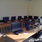 Компютърен кабинет 322