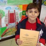 """Александър Станев от 1 клас получи поощрителна награда за проявено художествено виждане и оригинално пресъздаване идеята на конкурса от Национален конкурс за детска рисунка """"Освобождението"""" - 2010г."""